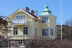 Lovely house (K Nilsen) Tags: blue windows white house building green home yellow wooden village sweden balcony coastal sverige tinroof bohusln grundsund vstkusten summerhome skaft