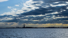 Switching  Sunny and Cloudy (VamFF) Tags: newyorkcity sunset newyork downtown pentax manhattan financialdistrict batterypark eastriver hudsonriver newyorkstate statueofliberty libertystatepark statueoflibertynationalmonument