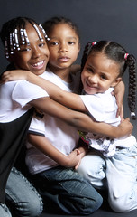 Wiley Family (charlottewynn) Tags: smiling newjersey seriousexpression africanamericanchildren squeezedtogether beadedbraids childreningroupshot girlshuggingboyinmiddle