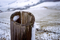 Hollow Post (Saturated Imagery) Tags: snow film wales 35mm fence slidefilm e6 conwy canoneos300 cwmpenmachno kodakektachrome100g