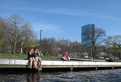 Esplanade (Ir. Drager) Tags: park usa boston geotagged massachusetts charlesriver esplanade ducktour johnhancocktower geo:lat=4235697499514854 geo:lon=7107602843253969