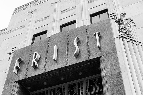 Art Deco entrance of the Frist Center for the Visual Arts