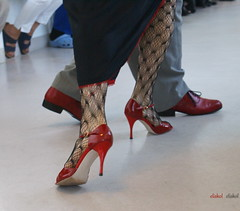 MAL WIEDER TANZEN..... (Fimeli) Tags: red beautiful dance move tango passion harmonie