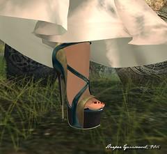 Aria and Alpha 3 (Harper Ganesvoort) Tags: avaway chopzuey fashion glamistry laboheme letituier mua glamaffair mystica photography purplemoon secondlife slackgirl virtualdiva