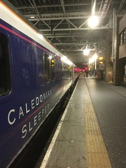 Caledonian Sleeper awaits the green light at Edinburgh Waverley. (calderwoodroy) Tags: platform11 overnightsleeper sleeper nightsleeper overnighttrain nighttrain nightscene sercocaledoniansleeper caledoniansleeper waverley waverleystation edinburghwaverley scotland edinburgh