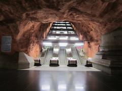 IMG_1025 (Sweet One) Tags: rdhuset metro subway station stockholm sweden art