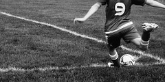 Corner kick (emrold) Tags: bw football fujineopan400 soccer vsco vscofilm05 kick lensblr 2016ericdelorme|emrold photographersontumblr xf55200mmf3548rlmois fujifilmxt1