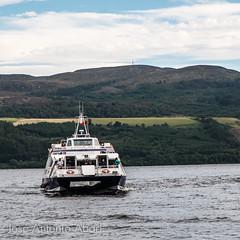 Loch Ness, Highlands, Scotland (Jose Antonio Abad) Tags: alba escocia highland josantonioabad lago lagoness lanscape lochness naturaleza paisaje pblica reinounido scotland unitedkingdom agua barco boat nature ship vessel water abriachan