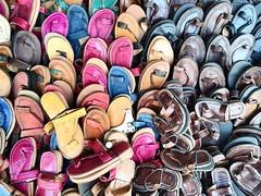 Sandalias (yanitzatorres) Tags: colores zocos mercado casablanca morocco marroqu marruecos artesanas artesanal artesanos piel cuero sandalias