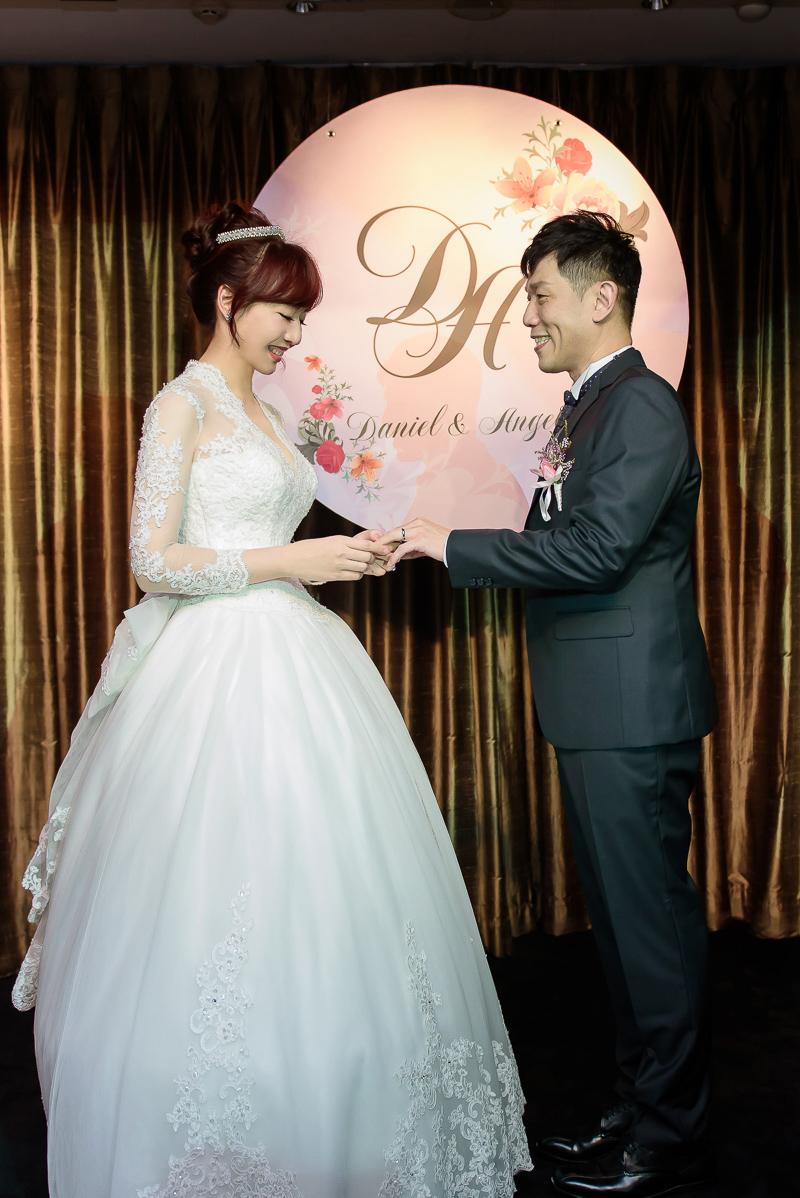 國賓婚攝,台北國賓,國賓飯店婚宴,新秘Miko ,婚攝小勇,台北婚攝, 愛瑞思新娘秘書造型團隊,西敏英國手工婚紗,小寶工作室-045