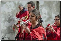 En rojo y negro (jose alb) Tags: banda mujer nikon valladolid msica semanasanta cofrade corneta josealberto d7000
