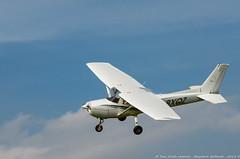 Cessna 150 (Benjamin Ballande) Tags: 150 cessna