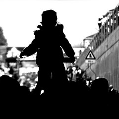 untitled (brescia, punjab for one day) (bloodybee) Tags: street light people bw italy silhouette festival backlight europe child religion pray tunnel parade celebration event procession sikh brescia manifestation punjabi vaisakhi baisakhi nagarkirtan vasakhi vaishakhi baisakhibrescia baisakhi2013brescia