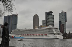 Norwegian Breakaway (ralphontravel) Tags: dutch buildings boat rotterdam cloudy norwegian nederlands breakaway cruiseterminal cruiseschip