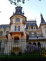 Kretzulescu Palace at dusk (Ramona R***) Tags: old parque windows building tree tower architecture turn evening dusk towers palace lila unesco lilac romania palais soire shrub tours palazzo bucharest palast castel bucuresti cismigiu rumania palcio lilla torres palacio lilas roumanie lils bucarest liliac palat amurg frenchrenaissance cepes turnuri stirbeivoda kretzulescu parculcismigiu kretzulescupalace petreantonescu renaissancefranaise rinascimentofrancese franzsischrenaissance rinacimentofrances palatulcretulescu palatulkretzulescu