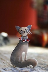 "Brooch ""Frau Kitty"" (vikafogallery) Tags:"