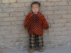No ice cream for me? (Rita Willaert) Tags: china children kinderen patchwork guizhou miao minority minorities etnic traditionalclothing zuidwest minderheden bijie