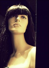 Mainagioya (Anemic Amour) Tags: sfondonero ritratto portrait fashion noia tristezza sadness eyes plastic lovere bergamo neverajoy mainagioia bang frangia shop girl dummy manichino vetrina
