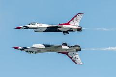 DSC_1060 (CEGPhotography) Tags: cegphotography atlanticcity newjersey nj ac atlanticcityairshow 2016 thunderovertheboardwalk aviation flight sky nikon usaf thunderbirds usafthunderbirds f16 f16fightingfalcon falcon viper jet