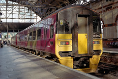 158760 at Manchester Piccadilly (Railpics_online) Tags: class158 diesel multipleunit dmu 158760 manchester sprinter dieselmultipleunit passenger train railway railcar uk express