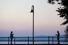 Sunset of communication (Galep Iccar) Tags: smartphone sunset tramonto people gente trasimeno umbria