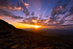 Don't Let Life Happen To You (Anna Kwa) Tags: sunset stonymansummit hikingtrail clouds light rays view shenandoahnationalpark virginia usa annakwa nikon d750 afszoomnikkor1424mmf28ged my life always travel seeing heart soul throughmylens