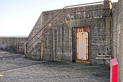 DP2M5344_DxO (kevinkilian91) Tags: mole mauer beton stahl tr schott gelnder architektur gebude helgoland nordsee
