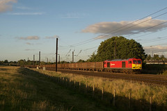 60017 at Chaloners Whin (Alexander Cromarty) Tags: class60 60017 tug sunset chalonerswhin dbcargo dbred supertug 6d41redcartoscunthorpe flyash eastcoastmainline mirlees ecml yorkshire york