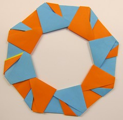 Ring 07A  (Tomoko Fuse) (ChrisL_AK) Tags: origami ring wreath tomokofuse