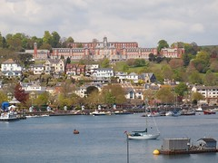 Dartmouth: view from Kingswear: Britannia Royal Naval College (green voyage) Tags: england boats spring britain may parks villages devon rivers colleges towns dartmouth harbours westcountry estuaries riverdart kingswear royalnavalcollege southdevon britanniaroyalnavalcollege markettowns