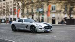 Speeding SLS (haiwepa) Tags: mercedes performance mercedesbenz dm sls dmperformance