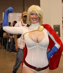 IMG_5080 (willdleeesq) Tags: cosplay dccomics wondercon powergirl