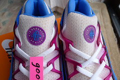 Nike Air Wmns Huarache Light 'White / Blue Crystal - Red Plum' (105031 101) ('93). (gooey_wooey) Tags: light tongue vintage logo sneakers trainers nike og kicks huarache nikeair bluecrystal redplum huarachelight
