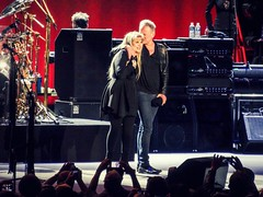 Stevie Nicks & Lindsey Buckingham, Fleetwood Mac (Joshua Mellin) Tags: chicago concert live unitedcenter 2012 fleetwoodmac chicagoist 2013