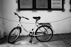 BW Bike (gambit03) Tags: city bw castle bike bicycle blackwhite university rad sw universitt zentrum ff fahrrad burg innenstadt vr bicikli egyetem schwarzweis kerkpr schlos feketefehr belvros mosonmagyarvr zenter