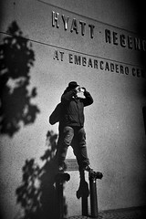 Mike gets the shot (docpop) Tags: sanfrancisco street blackandwhite bw film analog 35mm lomo lca lomography trix streetphotography premium arista