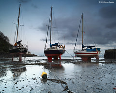 Buoy racers (SwaloPhoto) Tags: clouds coast scotland shadows fife dusk silhouettes rope coastal lowtide yachts masts buoy gloaming aberdour bythesea valka hawkcraig leefilters canoneos5dmkii distagont2821ze aberdourboatclub