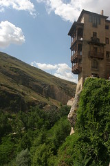 Hanging Houses, Cuenca, Spain (John (Chichester)) Tags: spain cuenca hanginghouses