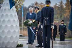 UNFICYP 50 r (Sveriges Veteranfrbund Fredsbaskrarna (SVF)) Tags: sweden stockholm veteran krans fn ceremoni cypern unficyp kungahuset veteranmonument ambasadr fredsbaskrarna veteranfrbund