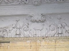 Kirby Hall (historyanorak) Tags: kirbyhall northamptonshire elizabethan listedbuilding gradeii sirchristopherhatton hind heraldry