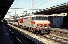 15025  Luxembourg  29.08.93 (w. + h. brutzer) Tags: luxembourg eisenbahn eisenbahnen train trains frankreich france railway elok eloks lokomotive locomotive zug 15000 sncf webru analog nikon