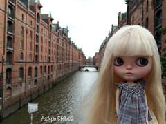 Lucy at Speicherstadt