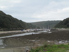 Solva harbour 1 (pefkosmad) Tags: solva harbour tide tidal beach pembrokeshire cymru wales holiday vacation vacances inlet