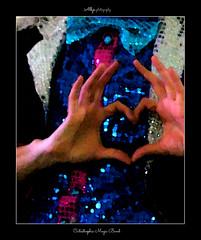 Carnaval de Cadiz 2013 (Alberto Jimnez Rey) Tags: carnival azul de hands heart juan magic fingers band rosa carlos manos alberto dedos cadiz rey aragon carnaval lucia antonio martinez corazon catastrophic magia tapia jimenez moncada becerra 2013 albjr albjr7 alylu zalaitos