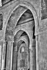 Arches of Tulun February 22, 2013 1/4 sec at f/8.0 Canon EOS 5D Mark III (taharaja) Tags: egypt cairo hussein husain anwar misr fatemi juyushi lulua attiq aqmar fatimidcity moizlidinillahstreet mosqueofhakim