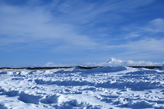 (cate) Tags: winter snow clouds scenery bluesky  driftice