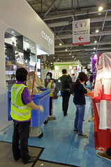 Setting up Booth at the Hong Kong Electronics Fair China (dcmaster) Tags: show china up booth asian chinese fair exhibition hong kong electronics setting spurces