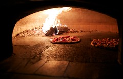 one hundred and twelve (Perry McKenna) Tags: hot restaurant oven pizza prosciutto mozzarella day112 arugula woodburning fratelli project365 2013 day112365 3652013 365the2013edition 22apr13