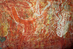 Art_Aboriginal_NT_Uluru_F1020016_D (renrut01) Tags: art rock paintings australia uluru kakadu aboriginalart northernterritory arnhemland rockpaintings noorlangierock