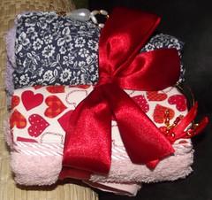 DSCF3269 (Isabel Perezynski) Tags: diadasmes enxoval pedrarias kittoalhas toalhaspedrarias